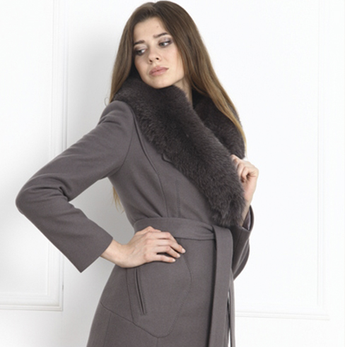 Фабрика верхней женской одежды пальто плащи